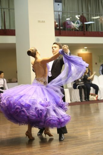 Платья бальных танцев стандарт